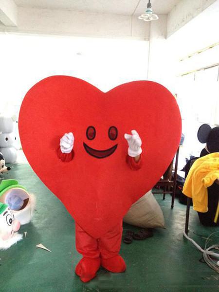 2019 de alta calidad corazón rojo traje de la mascota de dibujos animados lindo fábrica de ropa personalizada personalizada accesorios personalizados caminar muñecas muñeca ropa