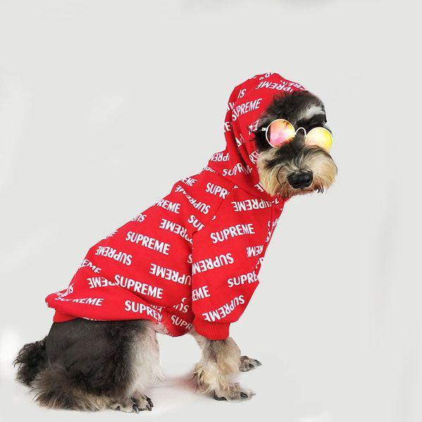 Marca de moda Ropa para mascotas Teddy Puppy Schnauzer Sudaderas con capucha rojas Ropa Sup. Completa Impreso Otoño Perro Suministros Envío Gratis