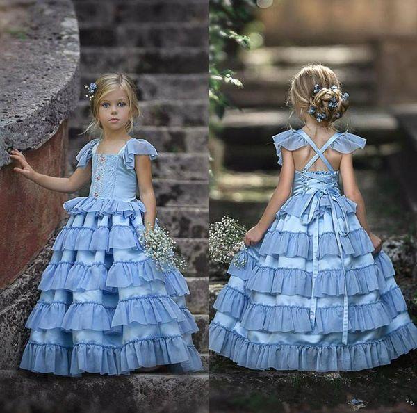 Vestidos de niña de las flores bohemias 2020 para encaje de novia Faldas escalonadas con apliques Vestido de desfile de niñas pequeñas Vestidos de primera comunión