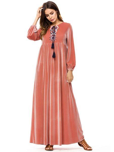 Femmes musulmanes à manches longues en velours à fleurs Dubai robe Maxi Abaya islamique Vêtements pour femmes Robe Kaftan marocaine Vestido91