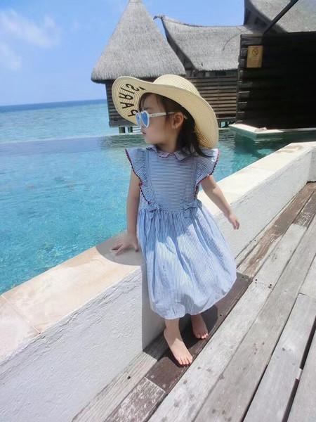 La robe bleue fraîche de la jeune fille à rayures de l'été pour enfants d'été bee col enfant sans manches enfant 5 p / l