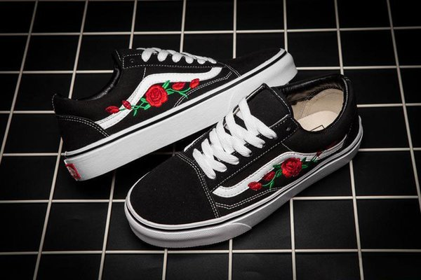 0f0457becab67c 2019 New VANS X AMAC Customs Men Women Skateboard Shoes Rose Embroidery  Sports Old Skool Skate Womens Canvas Brand Designer Shoe Size 35-45