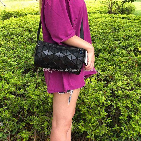 Tasarımcı lüks bel çantası çantalar kadın bayan geometrik örgü PVC klasik pileli düşük fiyat yüksek kalite tasarımcı çanta boston göğüs çanta