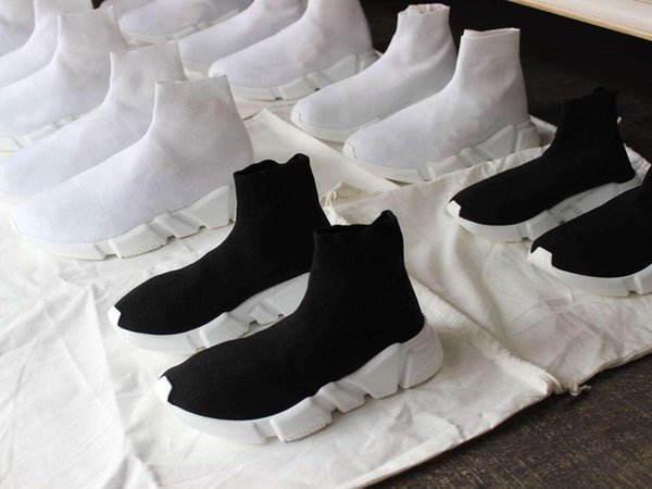 best selling 2019 new Quality Knit Socks shoes speed trainer High Race Runners Black white mens womens sneakers Slip-on triple s Casual Shoes