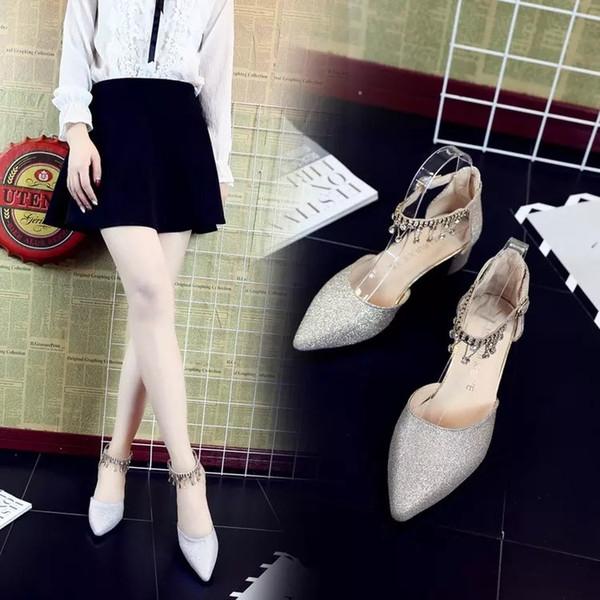 2019 весна и лето новое слово пряжки воды дрель студент серебро низкие каблуки 4 см обувь для подружек невесты высокие каблуки одиночные ботинки сандалии девушка