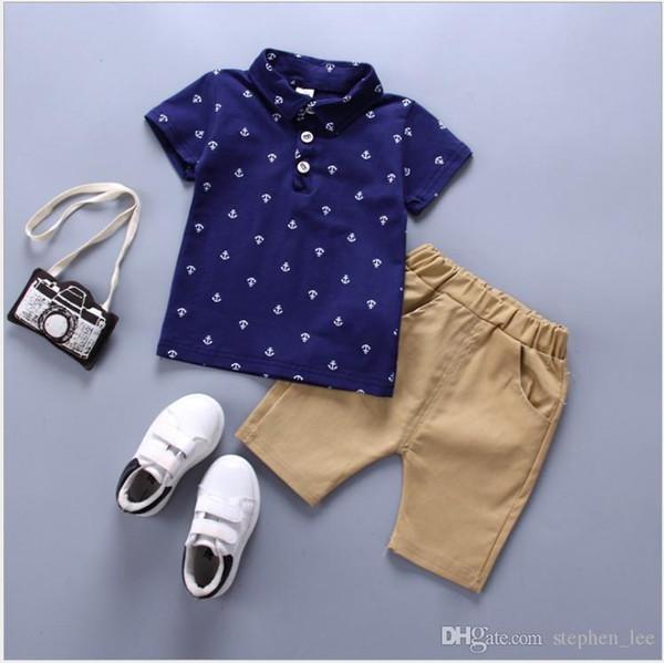 Erkek Beyefendi Tarzı Giyim Setleri Çocuk Çapa Baskı Polo Gömlek + Şort 2 adet Set Erkek Bebek Yaz Takım Elbise Çocuklar Kıyafetler 80-120 cm