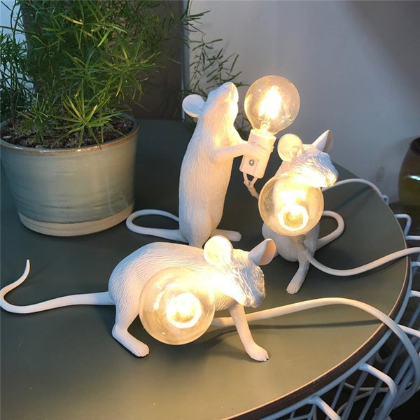 Resin Rat Table Lamp Nordic Italian Bedroom Bedside Mouse Lamp Wedding Deco Table Light Living Room Lighting Lamps Table Fixture