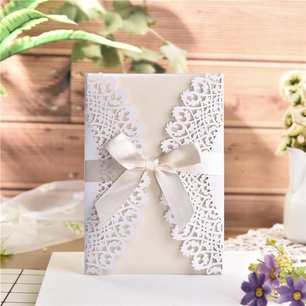 Compre Tarjeta De Invitación Blanca Europea Para Casarse Tarjetas De Invitación De Boda Elegantes Delicadas Talladas Del Cordón Con Bowknots A
