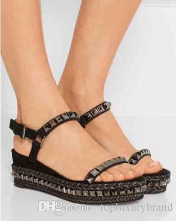 2018 Yaz kadın sandalet kırmızı alt sandal Cataclou 60mm süslenmiş süet deri çivili ded Düz Sandalet Lüks Kırmızı Sole Tasarım 35-42