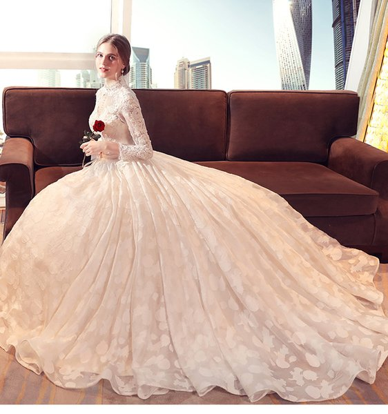 Vintage White Lace Wedding Dresses High Neck Long Sleeve With Appliques Pearls Ball Gown Bridal Dresses Elegant Wedding Gowns