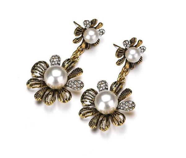 Yeni Bildirimi Takı Kadınlar Için Simüle İnci Çift Çiçek Damla Küpe Küpe Bijoux Gelin Düğün Takı E2405