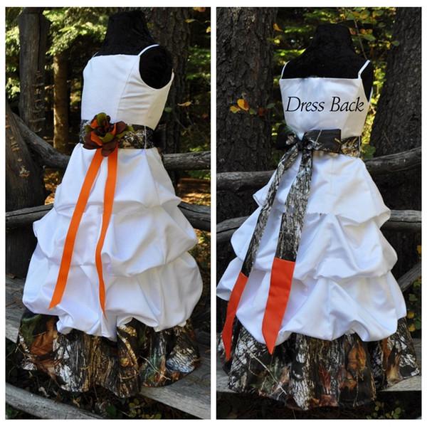 Spaghetti A-Line Blumenmädchenkleider Camo Lange Satin Camouflage Benutzerdefinierte Country 2019 Formale Kinder Hochzeit Party Kleider