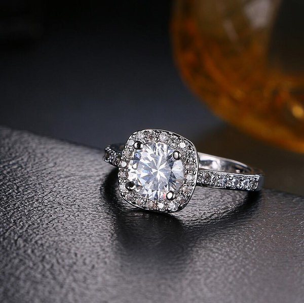 Brand Desgin Choucong Fsshion Jewrlry 925 Sterling Silver Round Cut 5A Cubic Zirconia CZ Diamond Women Wedding Band Pave Ring Gift Size 5-11