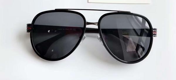 Siyah / Gri Gölgeli Pilot Güneş Gözlüğü 0447 Serin Erkekler Güneş Gözlükleri Tasarımcı Güneş Gözlüğü Sürüş Gözlük Gözlük Kutusu ile Yeni