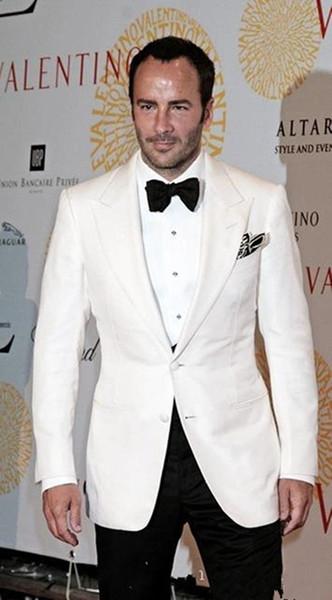 Eccellente stile smoking dello sposo Due Button Avorio picco risvolto Groomsmen migliore vestito dell'uomo Abiti da sposa Mens (Jacket + Pants + Tie) 4146