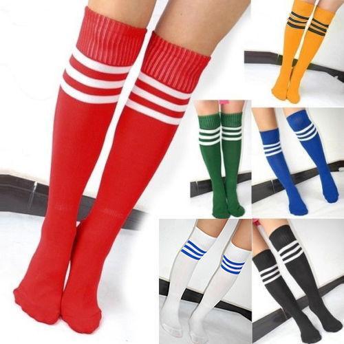 Nueva Enfriar la rodilla del bebé altos Fútbol Fútbol Fútbol Spokrt calcetines Medias Mujeres Hombres Estilo Soprt rayada
