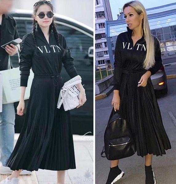 Diseñador de lujo vestido de las mujeres negro cuello alto mangas largas pliegues vestido largo womne impresión de la letra cremallera vestido de estilo de la celebridad
