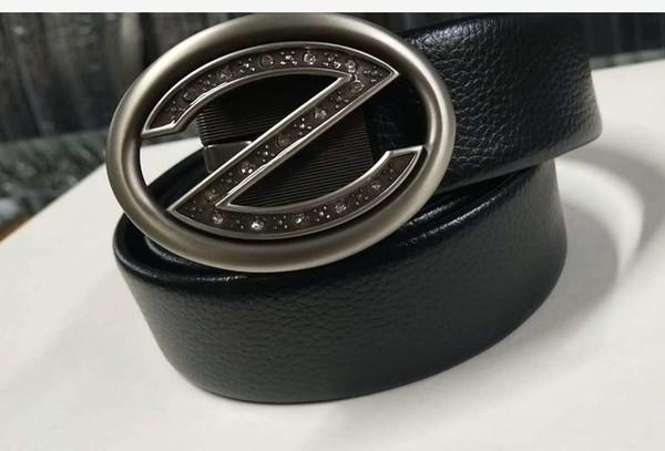 Cinghia famosa del progettista di marca Cinghia di cuoio maschio di alta qualità con la cinghia automatica del fermaglio del metallo Trasporto libero B7