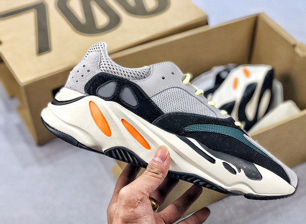 best selling NEW Kanye West 700 Shoes Mens Sports Runner OG Dad Shoes Unisex trainers Female Fashion women for sale designer Sneakers shoes EUR 36-45
