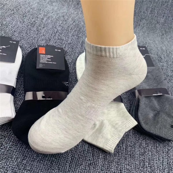 best selling Women Mens Socks With Tags Cardboard Unisex Socks Sports Football Cheerleaders Adult Short Sock Cotton