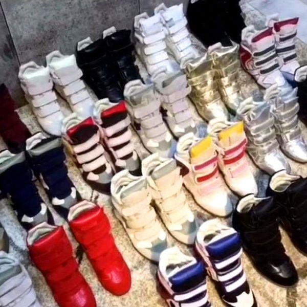 Europe Chaussures Designer Chaussures intérieur bottes en cuir de rehaussement des bottes de moto chaussures femme en cuir blanc noir semelle plate