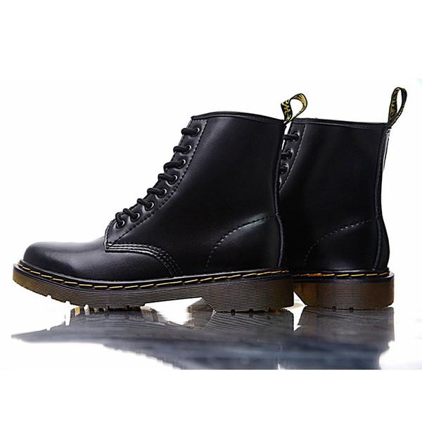 2019 Martin Chaussures en cuir véritable Designer Bottes High Top Dr 1460 Style de moto en Femmes Chaussures Slim Fit Amoureux Bottes de neige