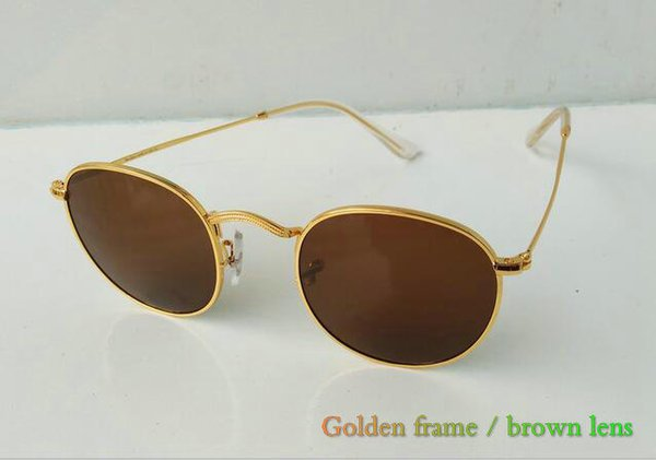 Golden frame / braun Objektiv