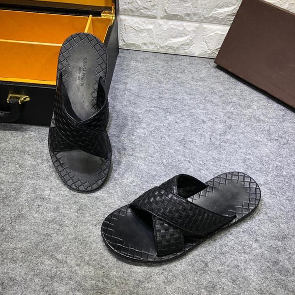 Novo verão italiano de alta qualidade chinelos dos homens da marca de qualidade de couro de fundo plano interior dos homens sandálias sapatos casuais 40-44 tamanho