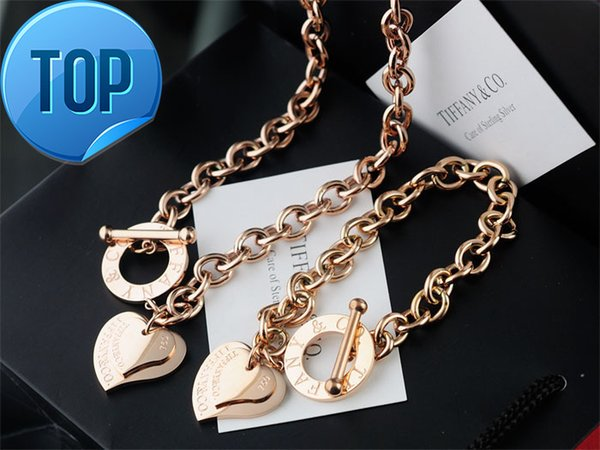 High Quality Celebrity design Letter 925 Silver bracelet necklace Silverware Fashion Metal Heart-shaped Gold Jewelery Set 2pc With Box