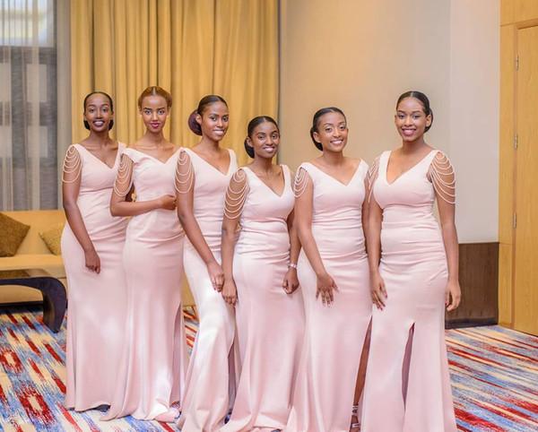 Africaine Arabe Lumière Rose Sirène Longue Robes De Demoiselle D'honneur Satin Col V Côté Fendue De Mariage Invité Robes De Soirée avec Gland