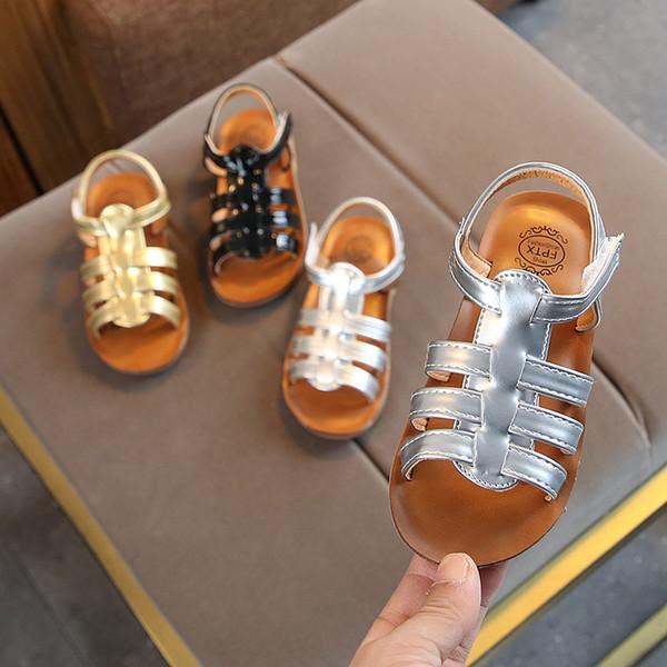 Chaussures enfants d'été pour filles en cuir brillant Chaussures de plage non-glissantes pour garçons Filles Bébé Chaussures plates à bouts nus Sandales bébé