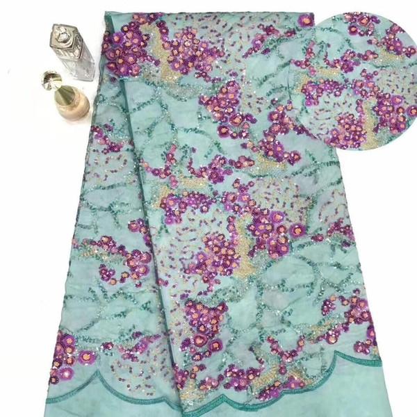 Tela de encaje africano Diseño de lentejuelas multicolor pesado Último vestido Cordón neto Nigeria Bordado Tela de encaje francés YYZ22589
