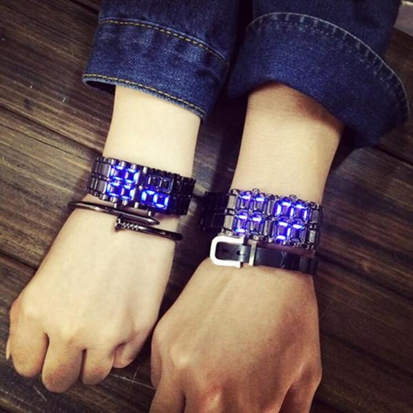 Bracelet de montre pour hommes créatif individuel Lava led imperméable à l'eau de la montre pour hommes Livraison gratuite