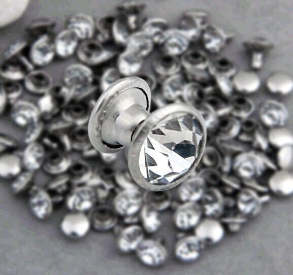 200 Sets 8mm CZ Cristales Rhinestone Remaches Rapid Silver Nailhead Spots Studs DIY Aleación de Zinc Metal