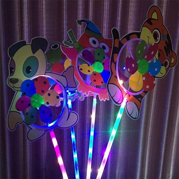 Led Windmill Jouets En Plastique avec Poignée Pinwheel Night Lights Éclairage Flashing Light Up Cartoon Animal Moulin À Vent Enfants Cadeau Partie