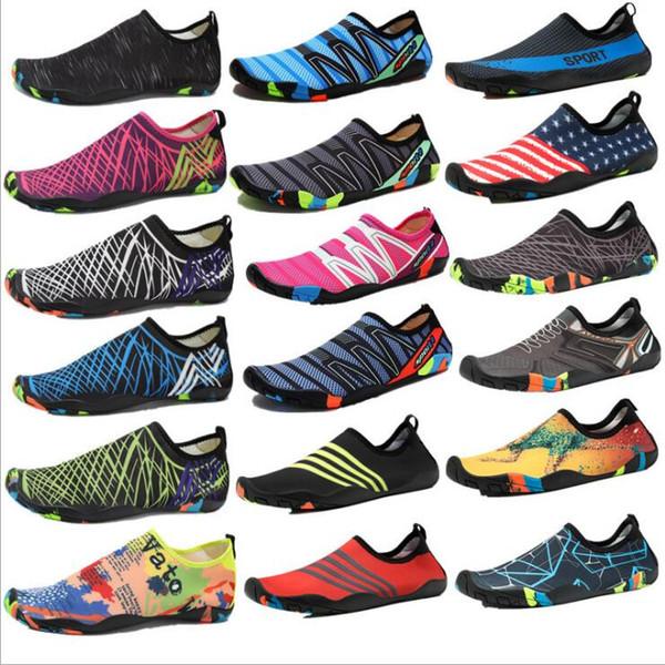 Zapatos de agua para niños Zapatos de buceo de diseñador Pies descalzos Calcetines de Aqua de secado rápido Buceo Snorkel Zapatillas Surf Playa al aire libre Zapatos de baño Chaussures 5284