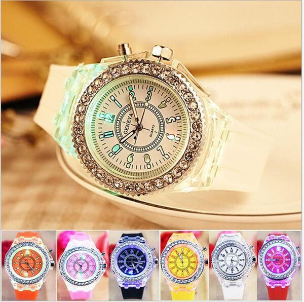 Luxury Geneva LED Luminous Watch Unisex Diamond Rhinestone Night Light Wrist Watches Men Women Silicone Wristwatch Gleamy Quartz Watch