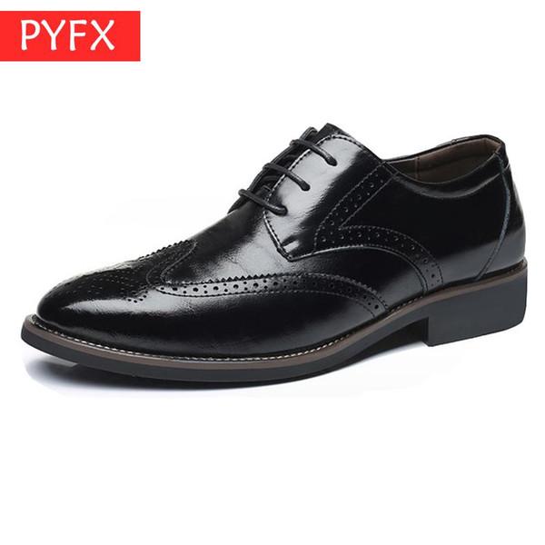2019 verano nuevo negocio casual Brock ropa formal de los hombres zapatos de cuero negro mano italiana transpirable plana zapatos de vestir