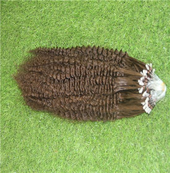 Açık Kahverengi Renk Mikro Döngü Nano Halka Uzantıları% 100% İnsan Saç Dokuma 10-30 Inç Sapıkça Kıvırcık Saç Uzantıları