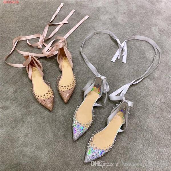 أحذية جديدة برشام الماس لربيع وصيف ، والأحزاب عارضة ، والأحذية فستان الزفاف الأعمال Strappy الصنادل شفافة مسطحة