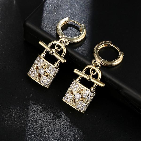 Hot Lock Key Hollow Four Leaf Stud Earring Copper Brass Baroque Royal Women Wedding Jewelry