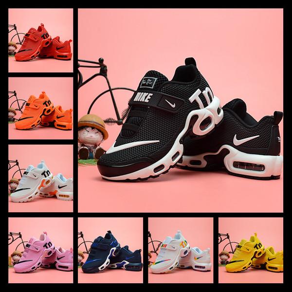 19ss Kids Plus Tn Children Parent Child Casual Shoes para Baby Boy Girl Zapatillas de diseñador de moda White Running Outdoor Trainer Shoe 28-35