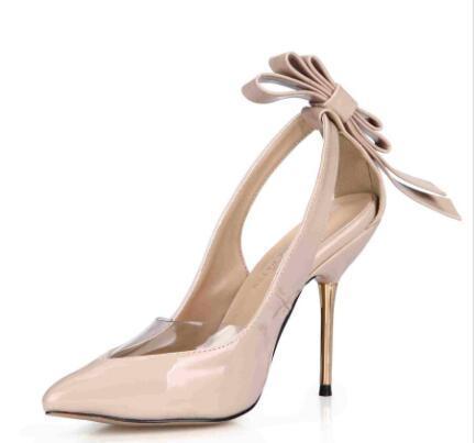 2019 Zapatos de vestir Mujeres Bombas Tacones de metal delgados y altos Arco PVC Imagen real Zapatos de fiesta Sandalias Zapatos puntiagudos Lado hueco Baratas sandalias modestas