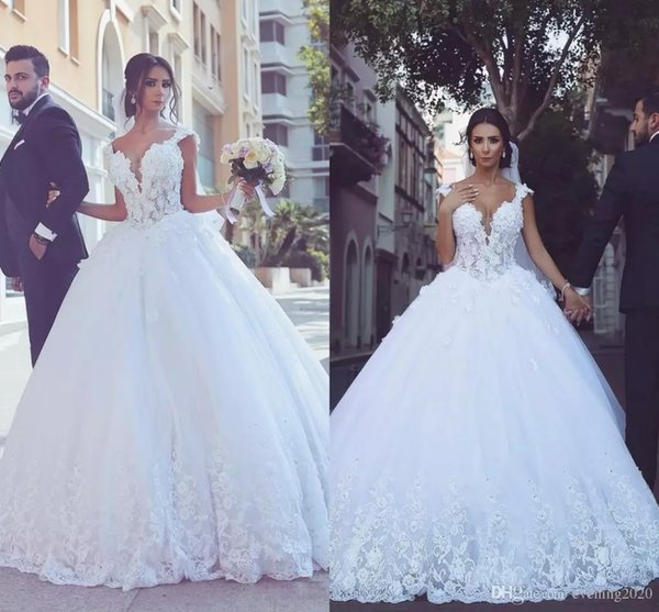 2018 Elegant White Ball Gown Wedding Dresses Off-Shoulder Short Sleeve Appliques Bridal Dresses Custom Made Wedding Gowns