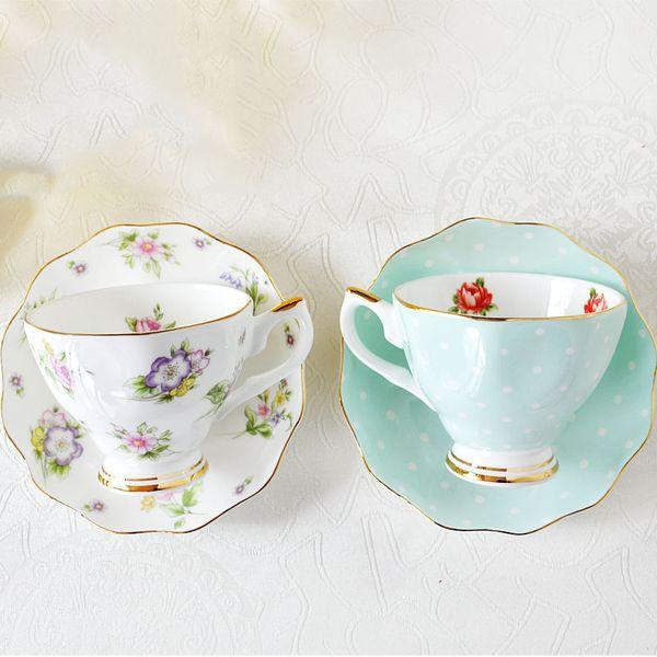 Set da caffè europeo Bone China Creativo semplice piatto di porcellana in ceramica Tè pomeridiano Tazza da latte 200 ml Y19070303