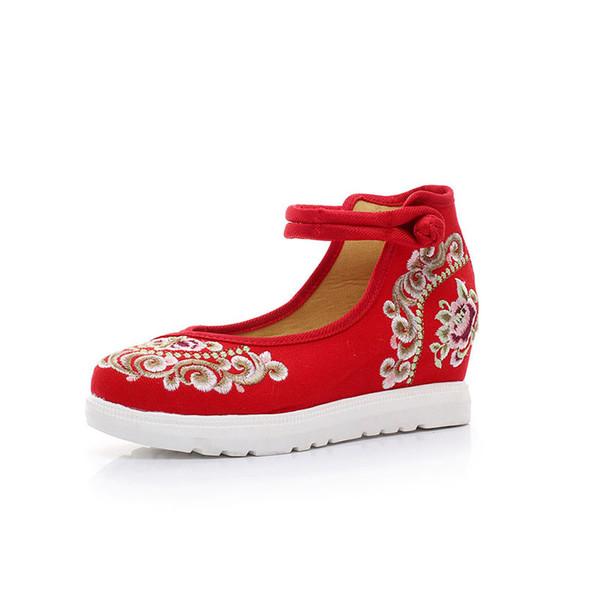 2019 Yeni Kadın Ayakkabı Aristokrat Moda Ayakkabı eski Pekin Işlemeli Bez Ulusal Rüzgar Tuval Işlemeli Kama