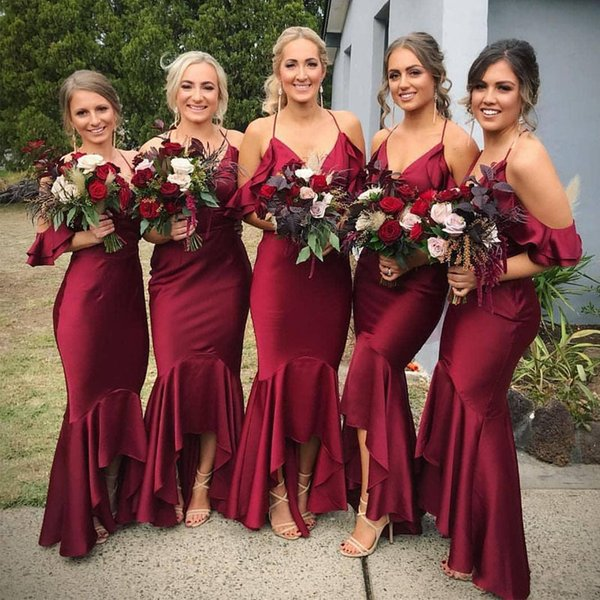 Charming Burgundy Spaghetti Strap Asymmetrical Hem Bridesmaid Dresses Ruffles Satin Short Prom Gown Custom Made Country Maid of Honor Dress