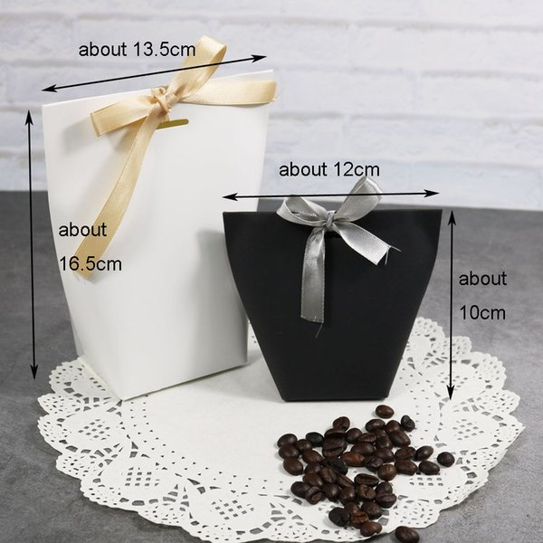 5pcs Blank Kraft Paper Bag White Black Candy Bag Wedding Favors Gift Box Package Birthday Party Decoration Bags with Ribbon