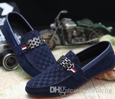 Die heiße Fashion Driving Schuhe Loafers Herren Schuhe der neuen Männer Loafers Luxuxqualitäts Wohnung Einzel-Schuhe für Männer beiläufige Schuh freies Verschiffen