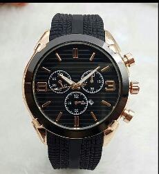 2019 producción en China 44 mm reloj de alta calidad para hombres reloj de diseño de la marca de lujo reloj de goma para hombres fecha automática día negro gran explosio